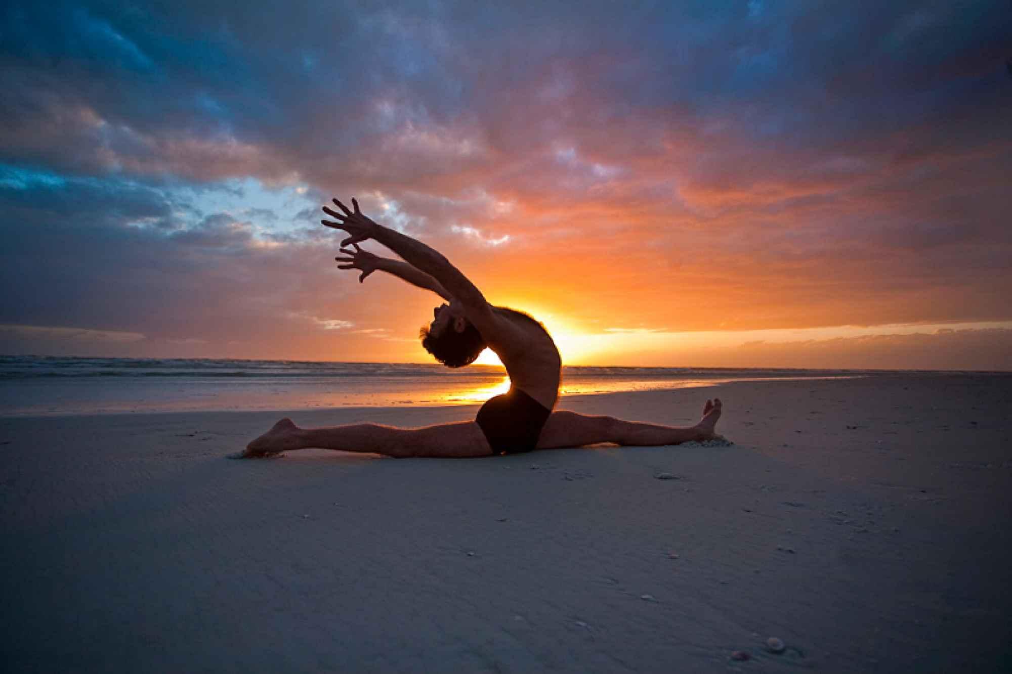 Model: Jaye Martin Credit: Karuna Yoga